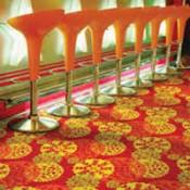 Egyedi tervezésű padlószőnyeg